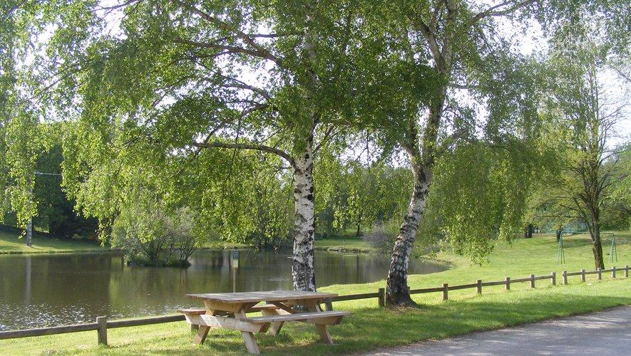 À Saint-Amans-des-Cots, il fait bon vivre en période estivale.