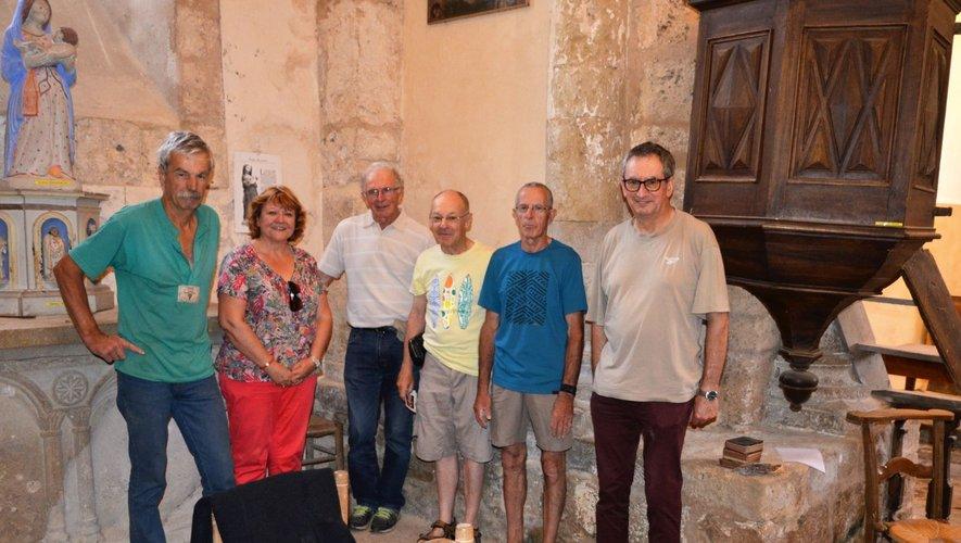 Des membres de l'association ont aidé les experts pour dresser l'inventaire des objets religieux présents à l'église Saint-Paul.