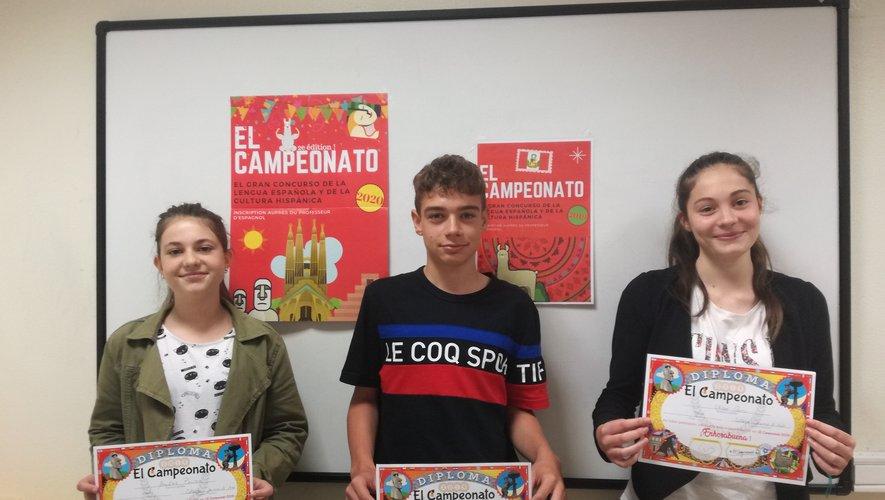 Amélie, Gaël et Chloé ont reçu leurs récompenses.
