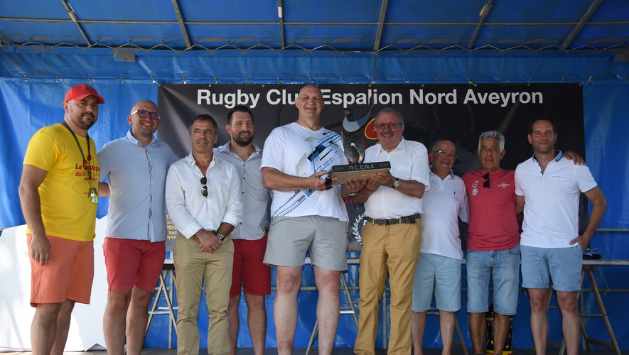 Les légendes du club et du  XV de France étaient à  Espalion pour fêter les 50 ans du  RCENA.