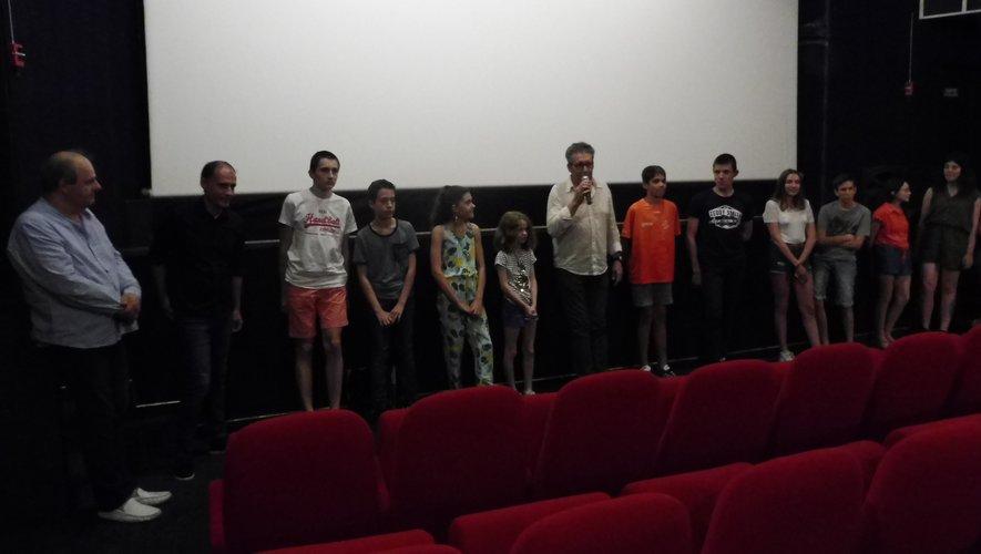 Quelques élèves de la section, avec Pascal Galopin, Xavier Piton, et Frédéric Bonnet, au Rex.
