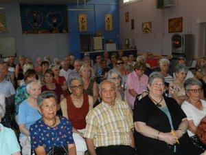 Un public nombreux et attentif a apprécié la projection sur les voyages de l'année.
