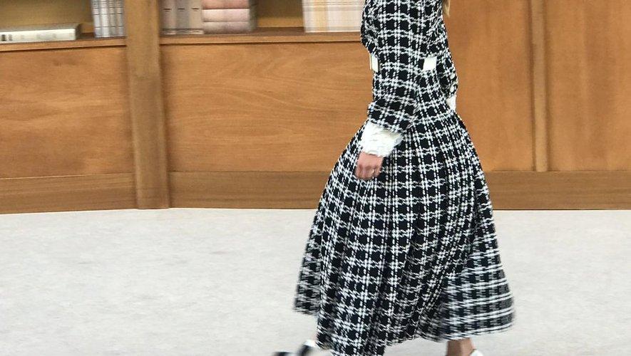 Le défilé Chanel haute couture automne-hiver 2019-2020 à Paris.