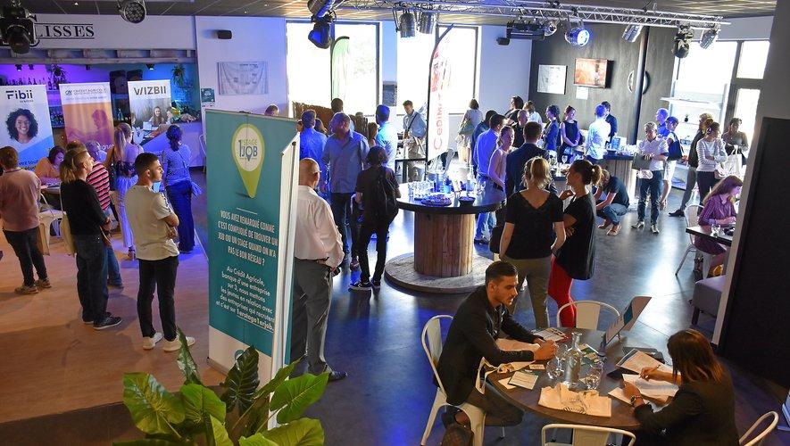 61 participants à ce job dating organisé aux Coulisses  à Olemps.