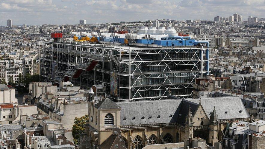 Le Centre Pompidou parisien s'ouvre à la mode.