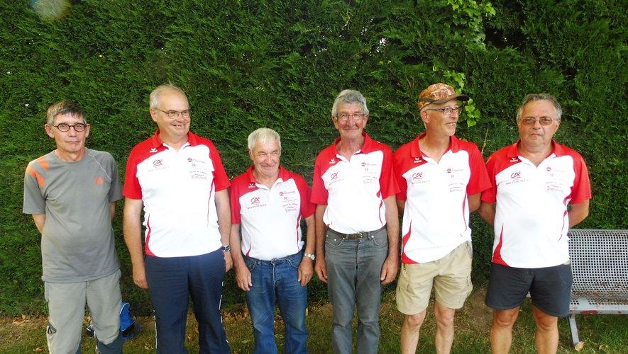 L'équipe de P. Carladez a clôturé le championnat à Espalion.