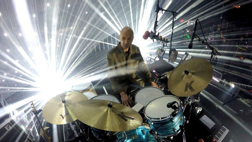 Clive Deamer, batteur de Portishead et deuxième batteur de Radiohead.