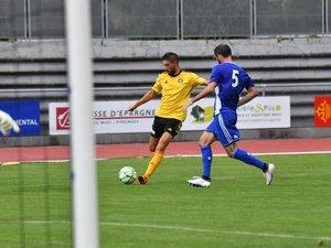 Aurélien Tertereau a été au four et au moulin hier, lors d'un match inégal de façon générale.