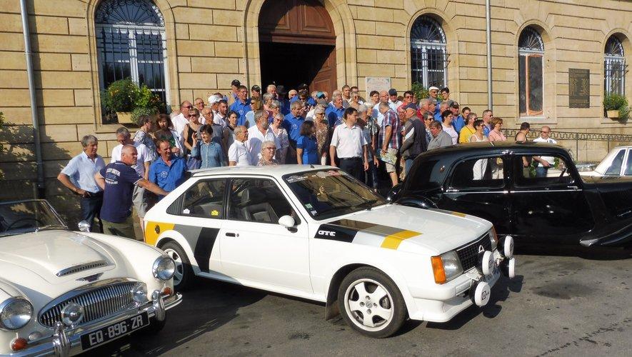 Les équipages ont été reçus à l'Hôtel de ville par Éric Picard, maire.