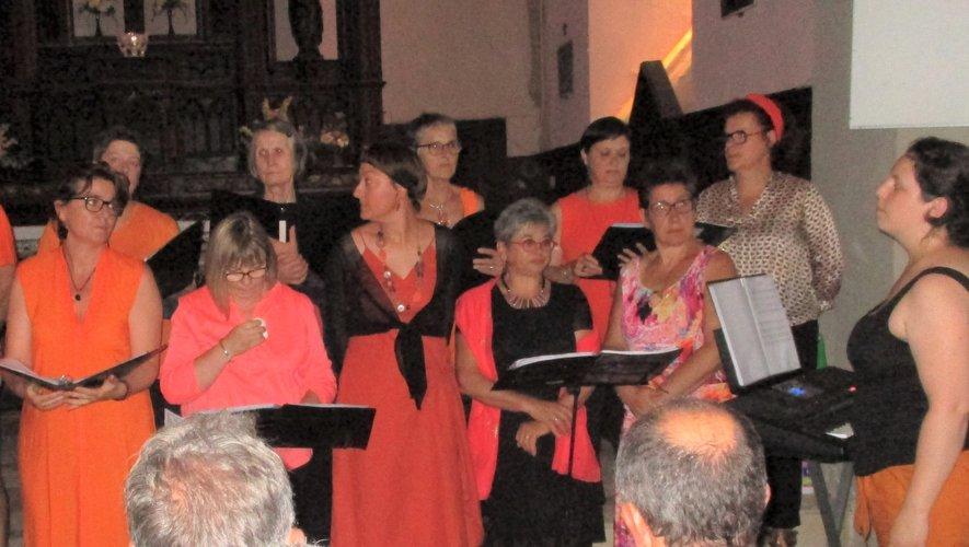 L'église de Bégon a vibré avec la chorale Comps se le chante