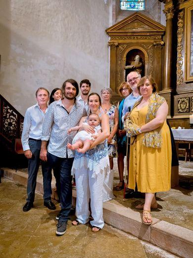 Louise a été baptisée le jour de la fête de la paroisse.