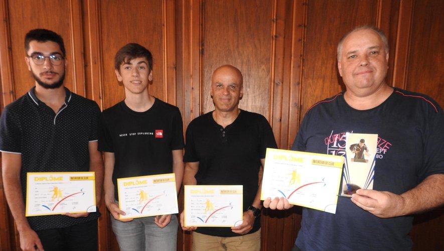Jérémy, Ronan, Jean-Marc et Eric ont reçu leur diplôme lors de l'assemblée générale du Comité Départemental.