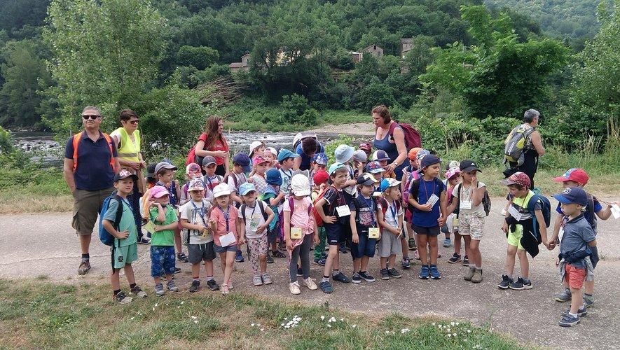 Les enfants au pont de Girbe.