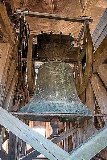 L'impressionnant bourdon Saint-Pierre avec  ses 5 229 kg.