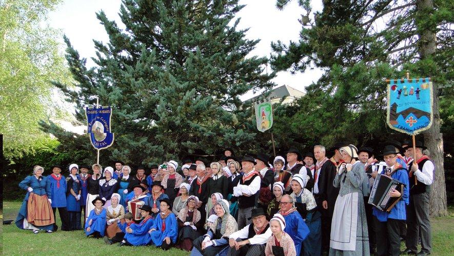 Le groupe aime faire découvrir et promouvoir le folklore rouergat.