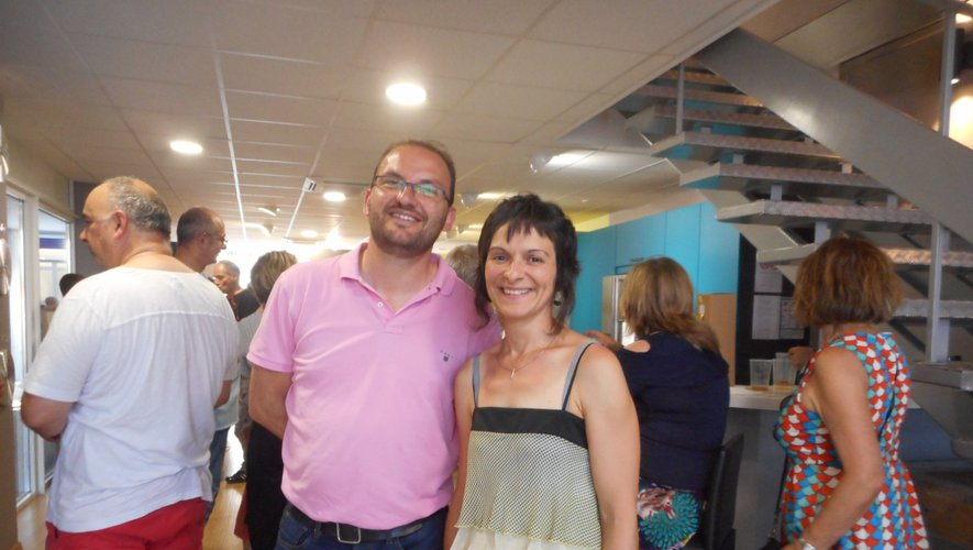 Yannick Lombard et Gaëlle Brenon lors du pot d'inauguration qui a attiré beaucoup de monde.