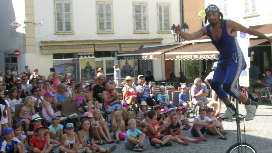 Les spectacles attirent toujours un nombreux public, d'enfants, mais aussi d'adultes.