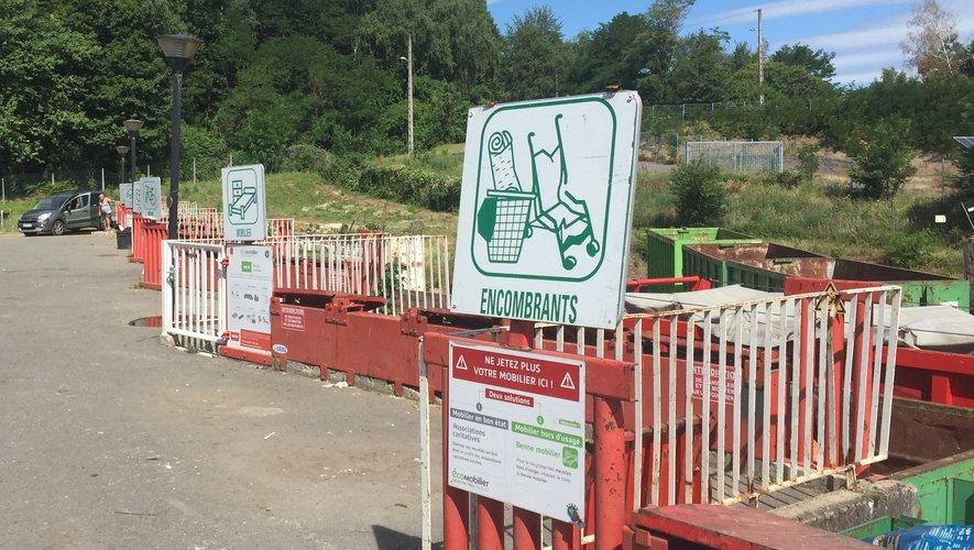 Plus de 4 489 tonnes de déchets divers ont été collectés dans les deux déchetteries du Bassin, un volume en hausse de 5 %.
