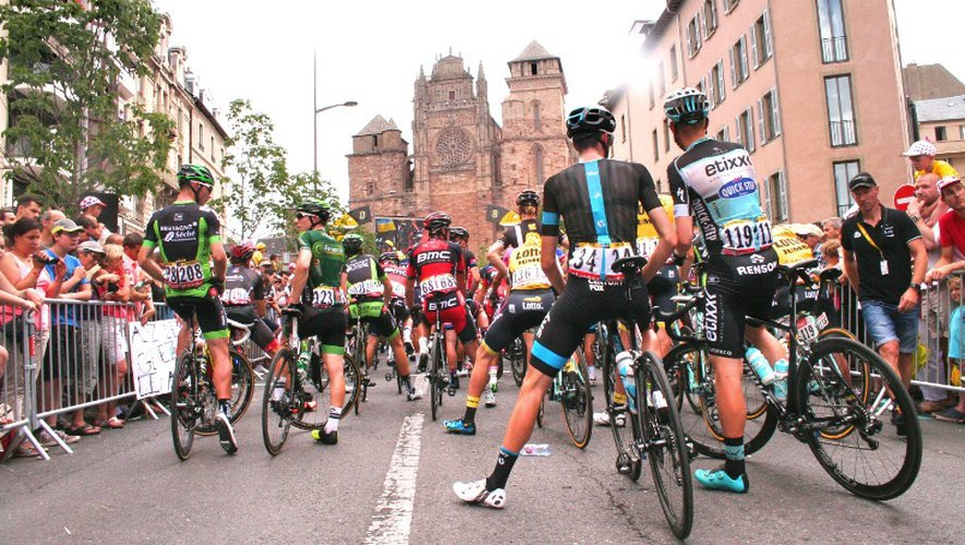 2010, 2015, 2017 et 2019. Ces dernières années,  le Tour a pris l'habitude  de passer par Rodez.