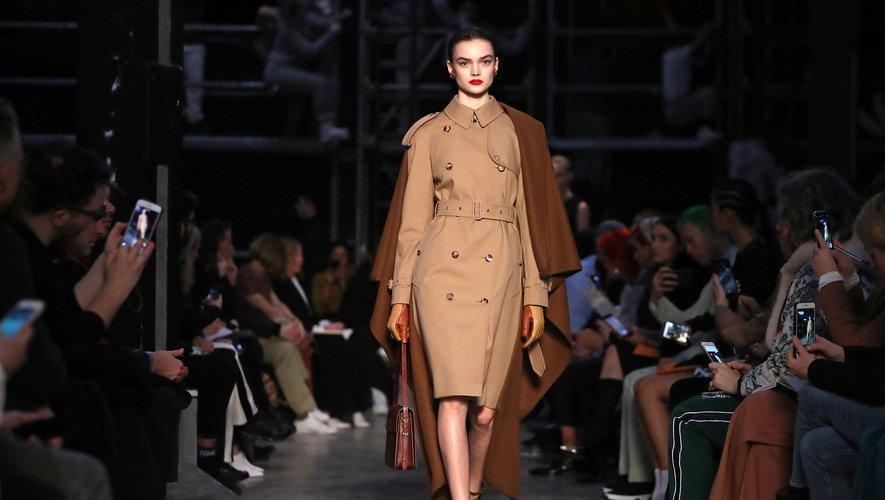 Défilé Burberry lors de la Fashion Week de Londres pour la collection automne-hiver 2019