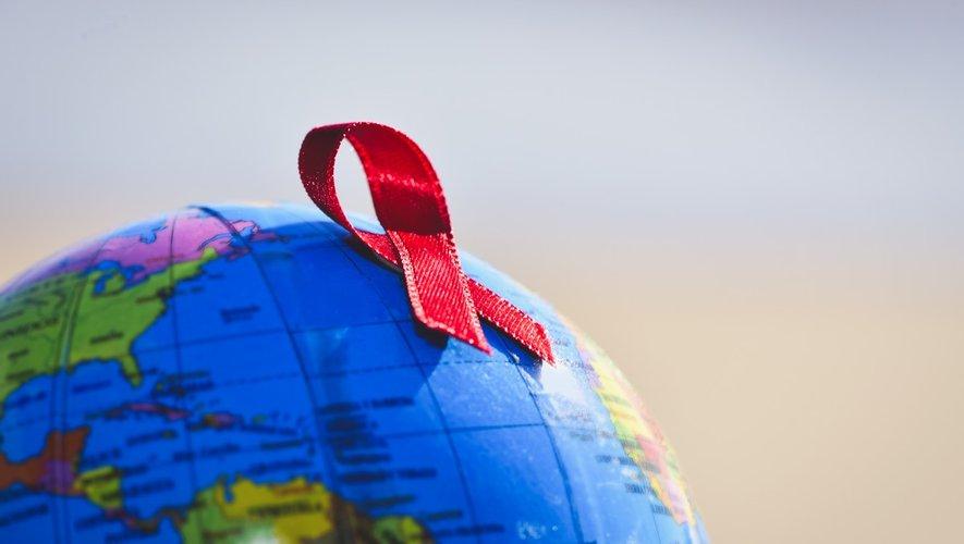 SIDA : moins de morts, mais trop de disparités