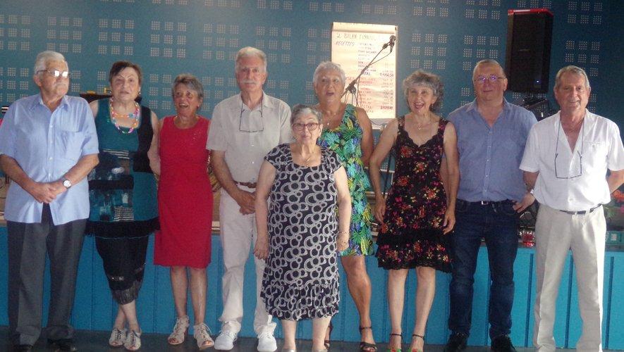 Le groupe aux commandes des Amis du musette.