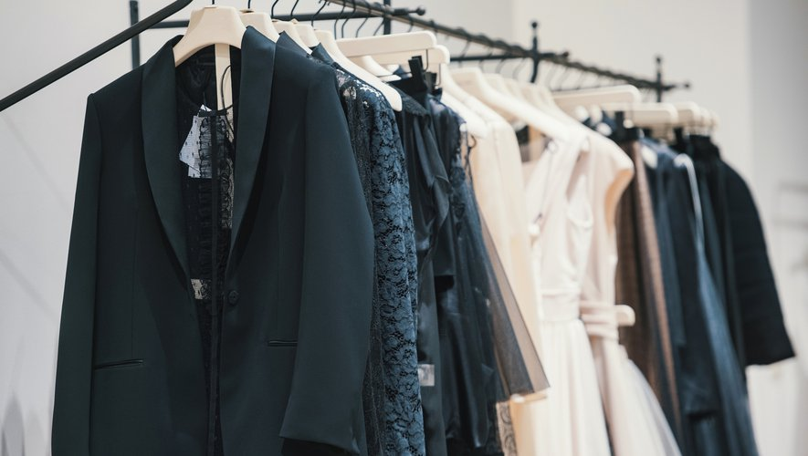Limité aux grandes occasions il y a dix ans, le marché de la location de vêtements s'est transformé, au point de dépasser le milliard de dollars de chiffre d'affaires dans le monde