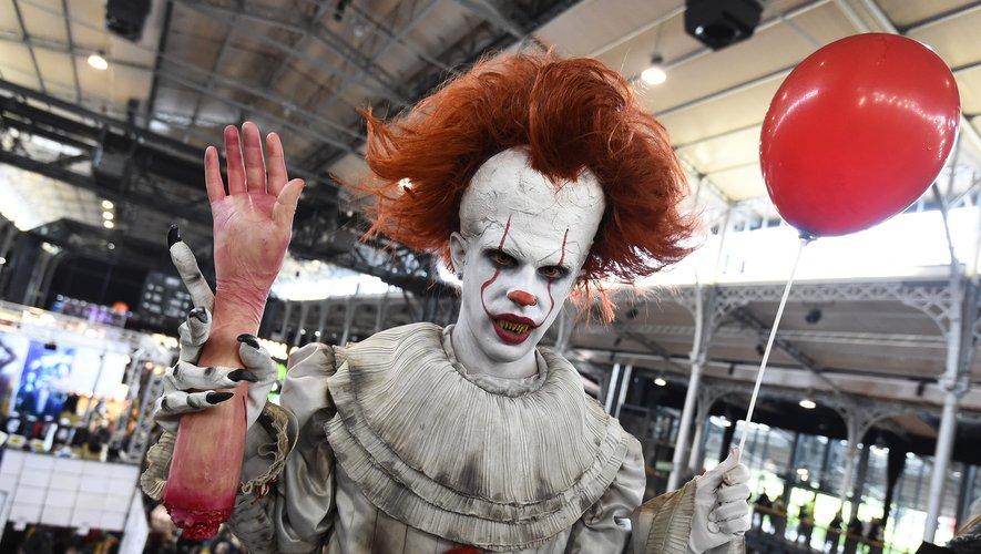 """La 50e édition du Comic-Con de San Diego a été lancée mercredi à grand renfort d'effroi et d'hémoglobine avec la présentation de la suite du film """"Ça"""""""
