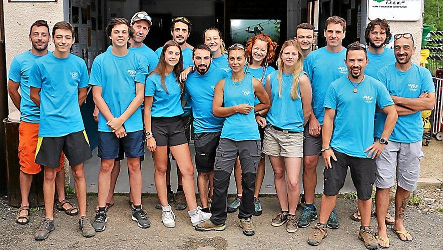 Les 24 salariés (en pleine saison ) de l'Aagac vous attendent pour des pratiques sportives en pleine nature.