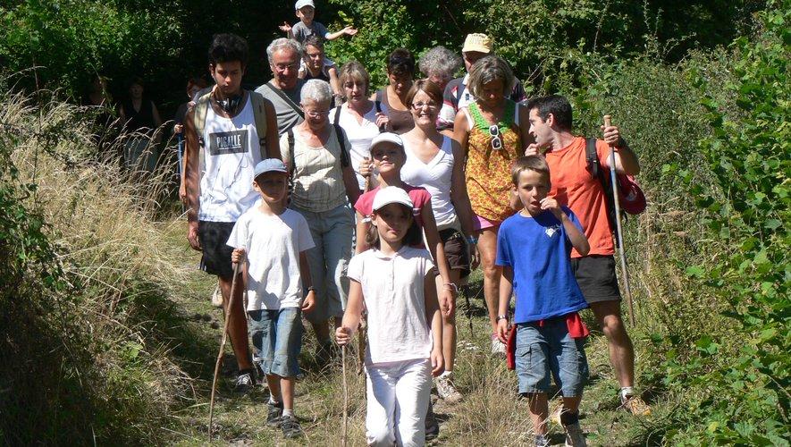 La randonnée reste une activité pour tous les âges.
