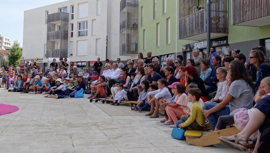 L'ouverture de la saison attire toujours beaucoup de monde, place des Artistes, comme ici, lors de celle de la saison passée.