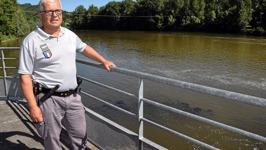 Gilles Privat, inspecteur de l'environnement à l'Office national de la chasse et de la faune sauvage, il a supervisé une étude d'impact sur la population de loutres d'Europe dans la zone de navigabilité de la rivière Lot, comprise entre Bouillac et Port-d'Agrès.