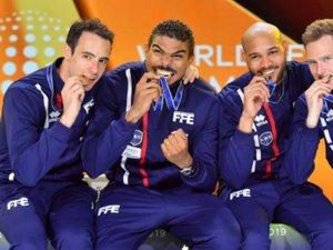 Alexandre Bardenet, tout à droite, aux côtés de ses compatriotes champions du monde par équipes, Daniel Jérent (ex-Era), Yannick Borel et Ronan Gustin.