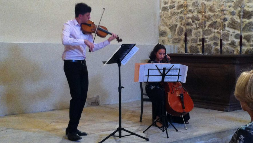 ND du Pontet : un écrin pour deux jeunes musiciens étonnants.