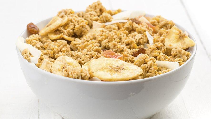 Selon l'étude, ne pas prendre de petit déjeuner à la maison et avaler une collation sur le chemin de l'école peut entraîner une alimentation déséquilibrée, ce qui rendrait potentiellement les adolescents vulnérables au gain de poids.