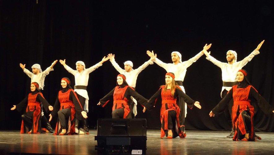 La troupe de danse traditionnelle, le Dabké, sera présente.