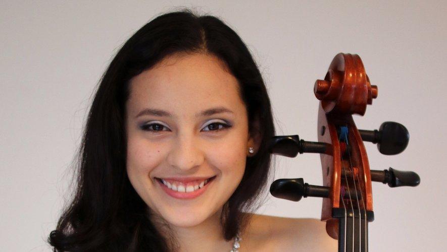 Sol Molina, violoncelle.