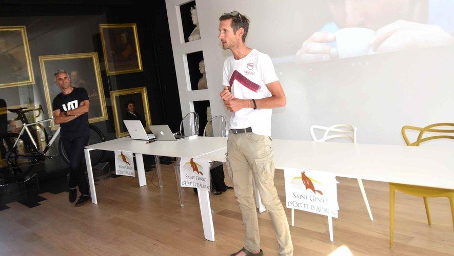 Maxime Poisson et le champion cycliste Frank Schleck  à la présentation de la future course cycliste Wish One 130