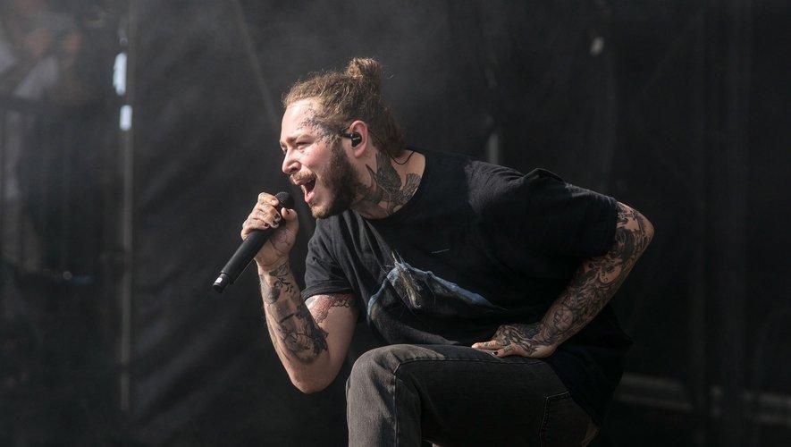 Post Malone sur la scène du Leeds Festival, à Bramham Park, Leeds le 25 août 2018.