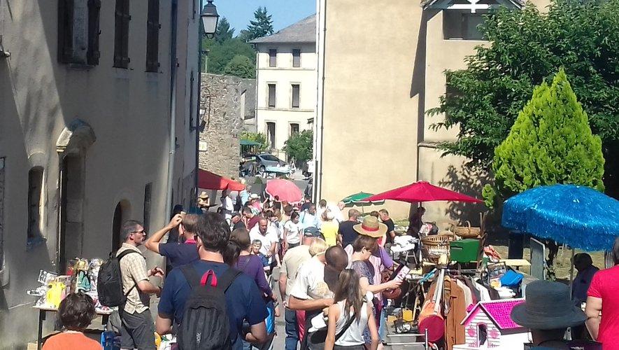 Le vide-greniers aura lieu le 11 août dans le bourg.