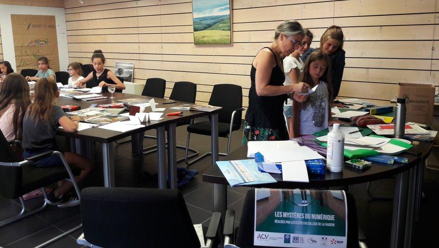 Tout autant que la participation à un atelier, les enfants apprécient particulièrement les échanges avec les artistes.