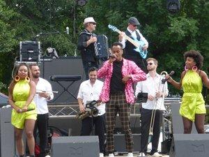 Le groupe «Lacadance» a ravi les spectateurs.