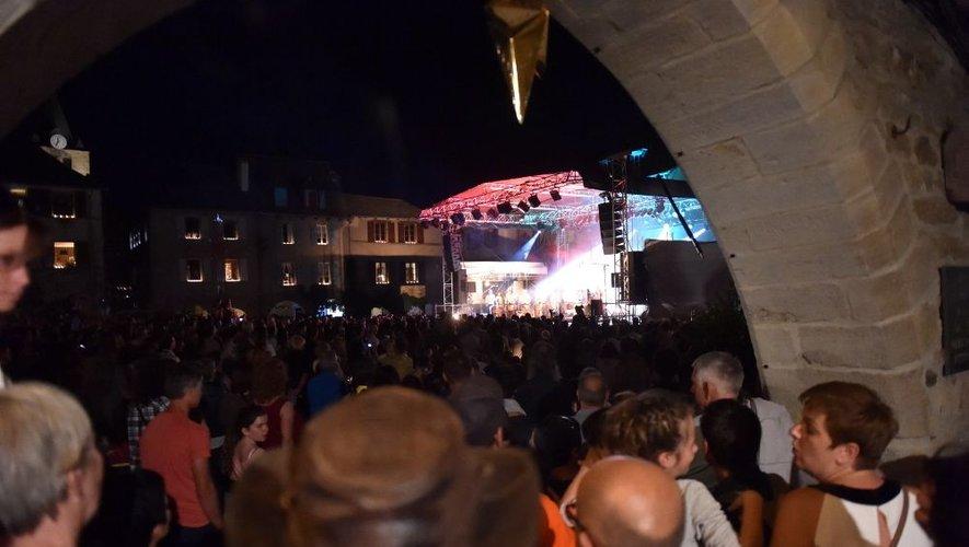 La Fête des lumières, ce samedi à Sauveterre-de-Rouergue : spectacles et concerts.