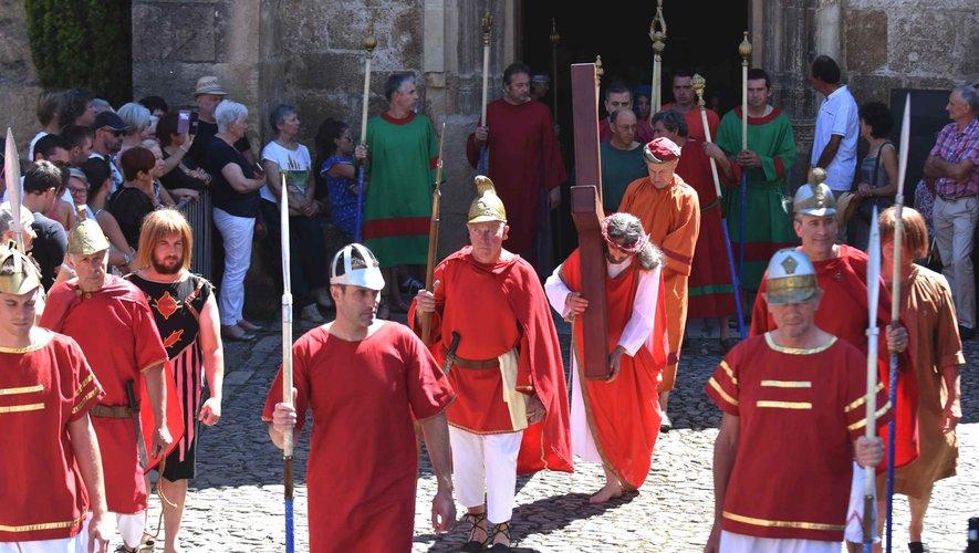 La procession de la Sainte-Épine.