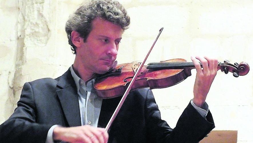 Le Figeacois Olivier Pons au violon.