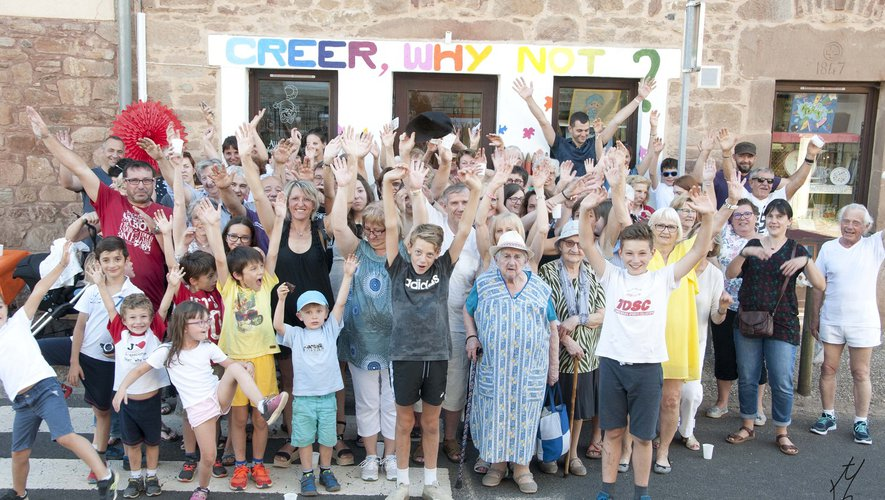 Tout un village enthousiaste au lancement de cette nouvelle activité.