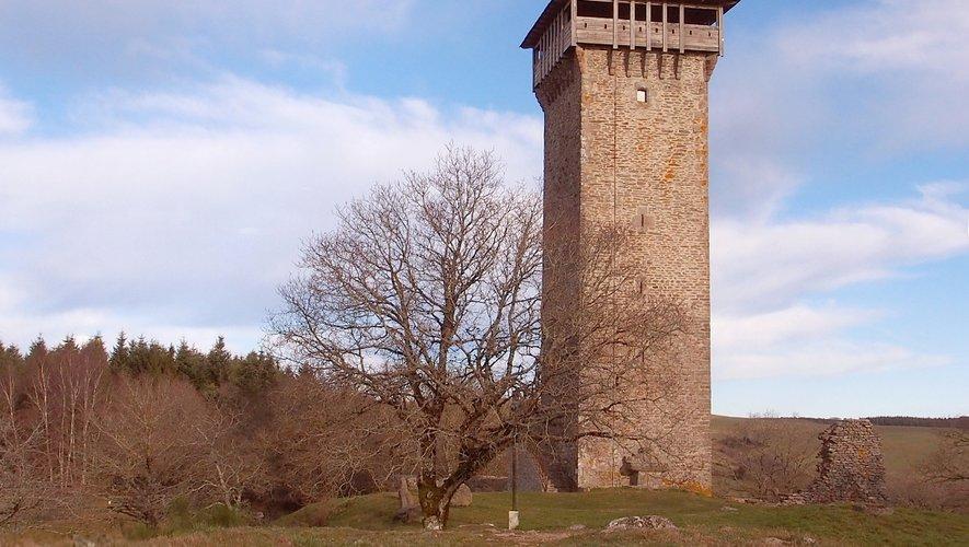 Les Amis de Peyrebrune proposeront une visite gratuite de la Tour à tous les marcheurs, mardi lors de la rando.