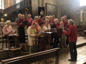 La chorale a interprété des chants de Noël en occitandans la collégiale.