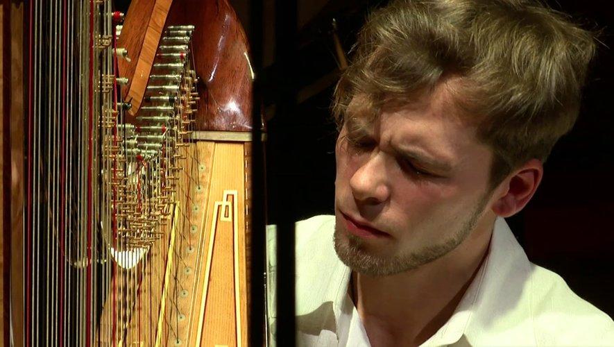 Un des plus grands harpistes de sa génération.