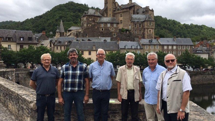 Le groupe de travail s'est réunià Estaing.